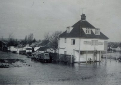 Riverside Cafe 1953