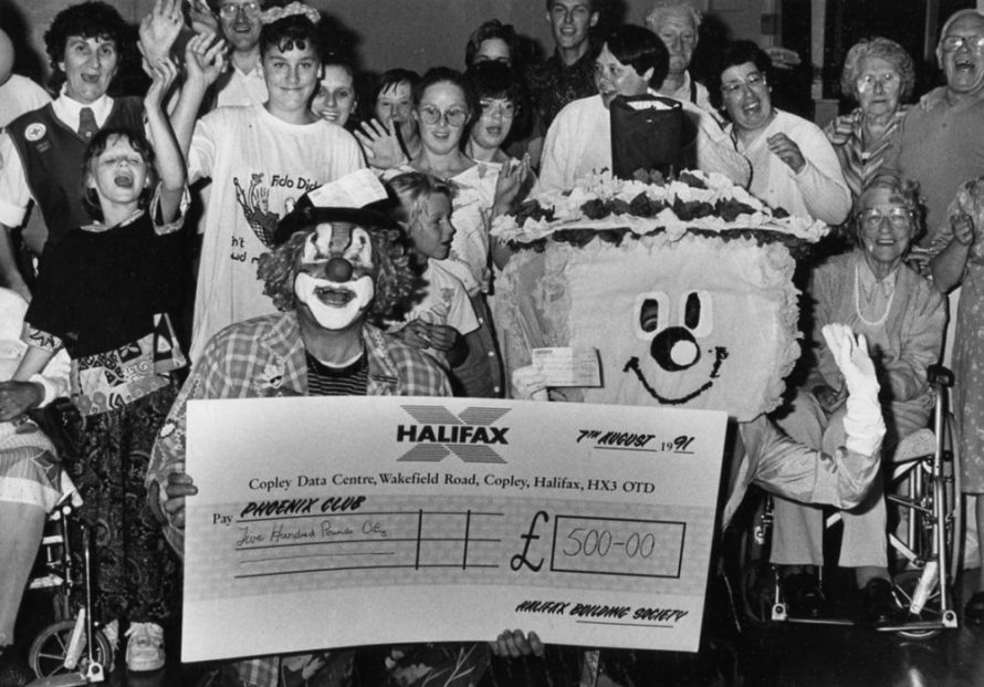 Pheonix Club Cheque Presentation | Echo Newspaper Archive