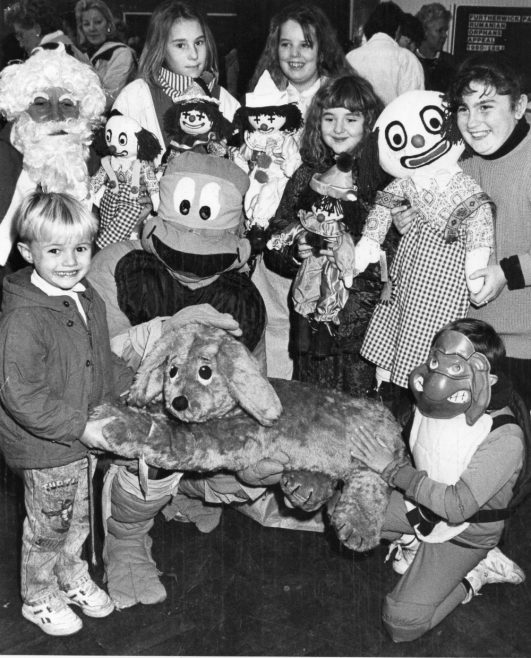 Craft Fair 1990 | Echo Newspaper Group
