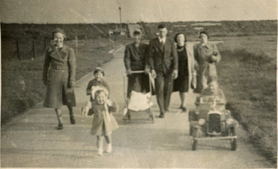 The Bishop Family c1942 probably looking down Seaview Road | Joan Liddiard