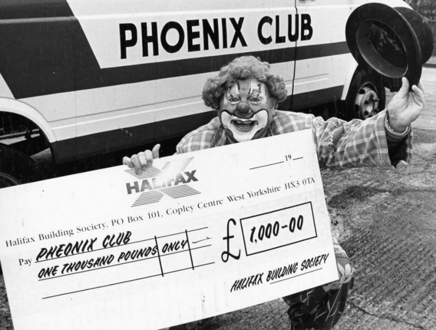 Eddie Stacey with Cheque for £1000 for the Phoenix Club 1992 | Echo Newspaper Archive