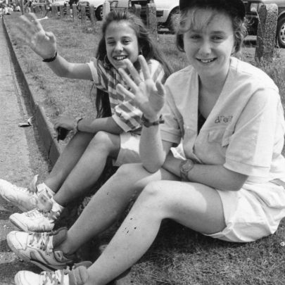1991 Spectators Kelly Shepherd and Mandy Williams