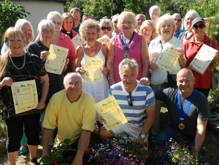 Gardeners, Councillors and Archive members | Courtesy of Town Council