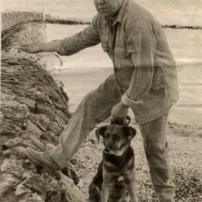 Mick Cain and his dog Kissy at the time he helped to rescue a man from the sea in 1994 | Mick Cain