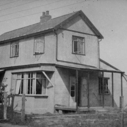Reliance Cottage c1930's | Graham Stevens