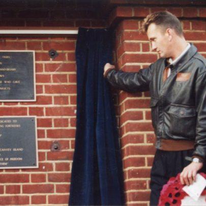 Gary and Royal British Legion Chairman Jim Nevin.