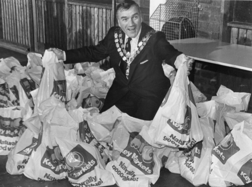 Parcels for the Elderly   Echo Newspaper Archive