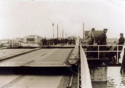 The Old Sliding Bridge