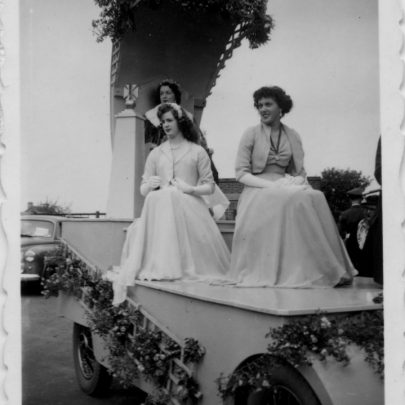 Canvey Carnival date unknown. Can anyone tell us? | Barbara Everett