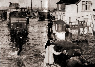 Lakeside Corner 1953
