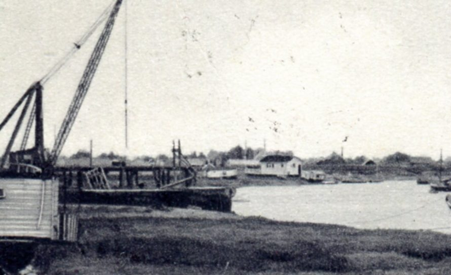 Enlargement showing the houseboats moored in the creek