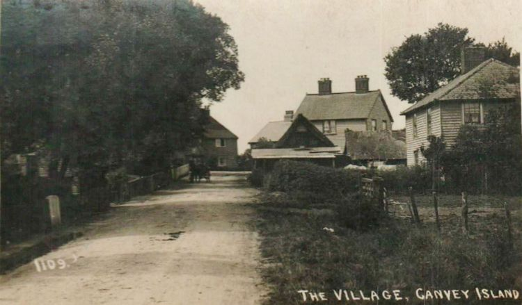 Entrance to the Village from the East | Roger Thipthorp collection