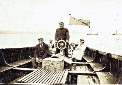 'Chug-chug' Motor Boat