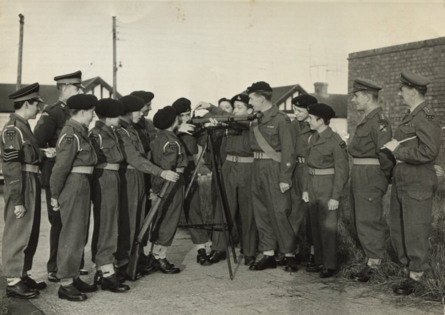 In this picture are Tony Pope, Clive Smith, Paul Banfield, Bill Sharp, Alan Dudridge and George Palmer. | Tony Moeller
