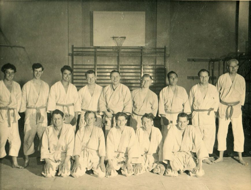 Ron is forth from right back row | Ron Reynolds