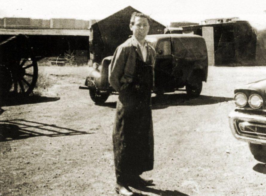 Ray Howard in the grounds of Brickhouse Farm | Ray Howard