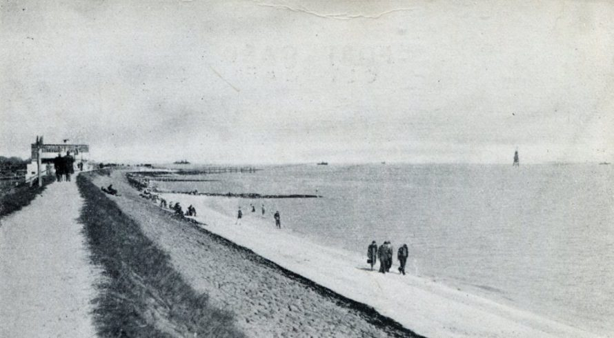 Looking east with Labworth on the left and Chapman Lighthouse on the right. Date unknown but between 1938-1958