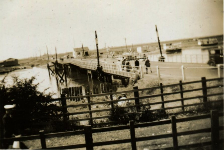 The Colvin Bridge c1935