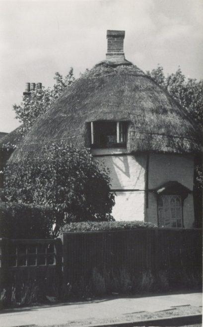 Dutch Cottage in the Village