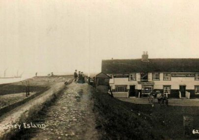 The Lobster Smack Inn and Coastguard Cottages