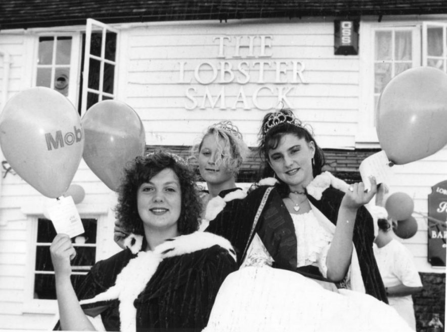 Lobster Smack Charity Do | Echo Newspaper Archive