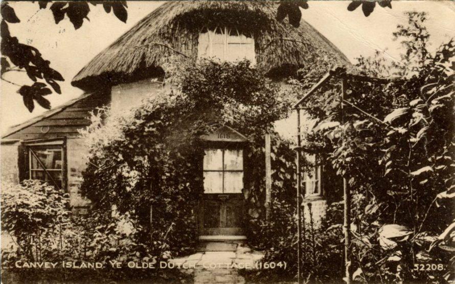 1618 Dutch Cottage Postcard