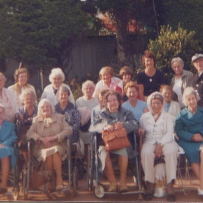 Luncheon club members and WRVS on an outing | WRVS