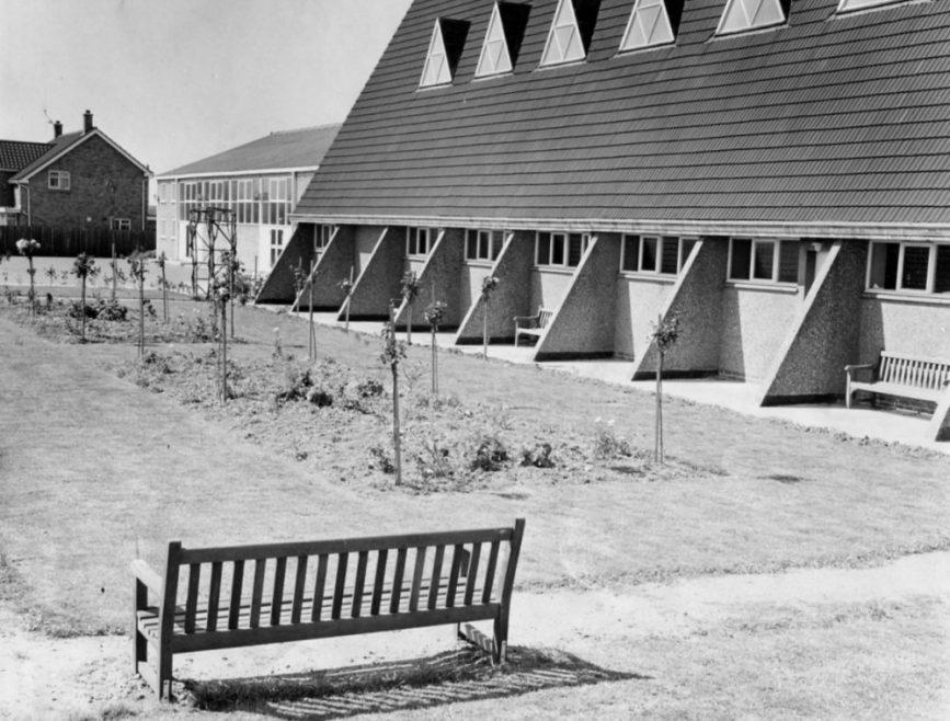 St Nicholas Church | Echo Newspaper Archive