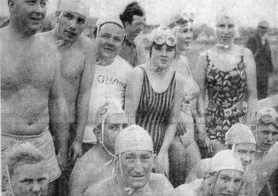Women battle in first in six-mile swim