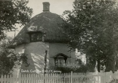 Dutch Cottage (1621) Postcard