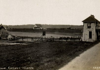 Early Postcard of the Lighthouse