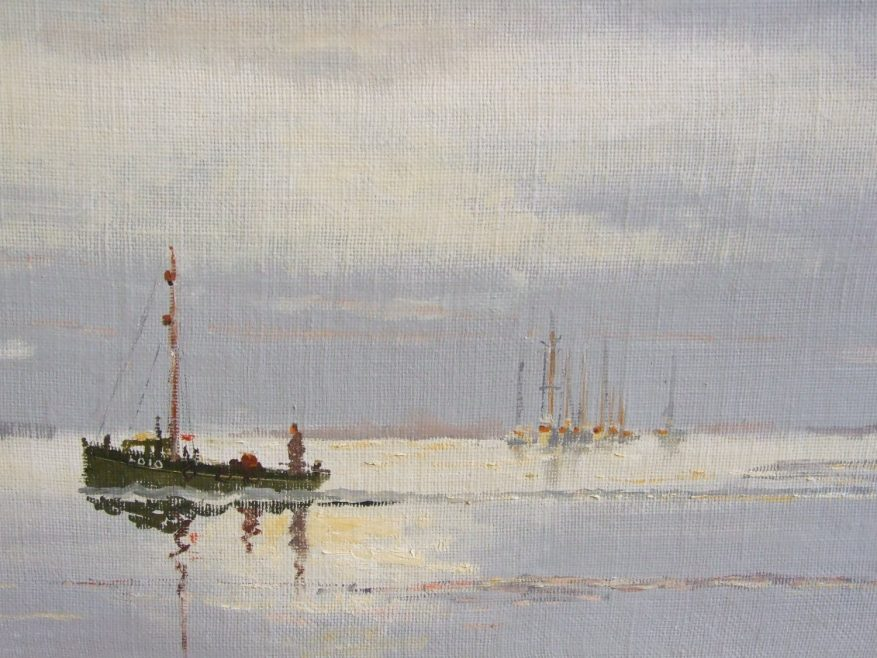 A wide view off Leigh-on-Sea with cockle boats and other distant boats   Vic Ellis