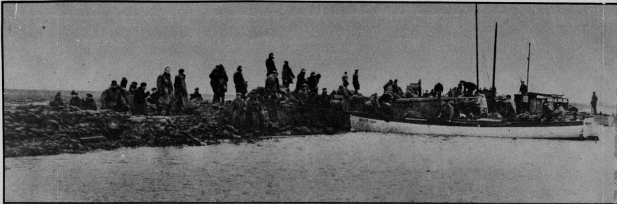 HELP: As the tides surged in hundreds of volunteers took to boats to try to shore up battered sea defences on Canvey. It was a case of piling sandbags into the breaches to keep the cruel sea out. Every volunteer was a hero that day.