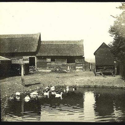 One of the old farms on Canvey any ideas which farm? | James of Whats that Picture