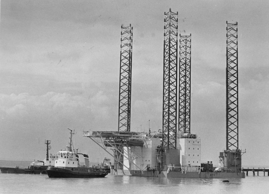 Floating hotel for oil rig workers off Canvey in 1987 | Echo Newspaper Archive