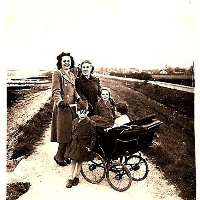 Our family, Canvey Island  seafront early 1950's | Moireen Murrell