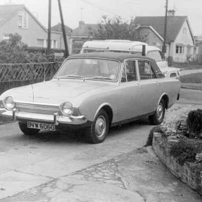 David Kemp's car in his garden in Maurice Road. Rayment Avenue is opposite. | David Kemp