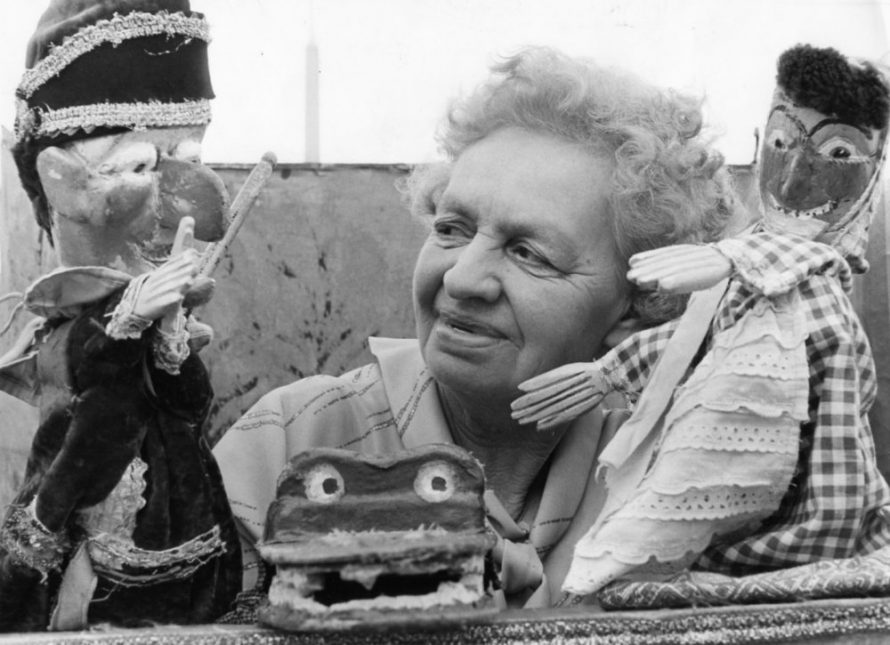 Dated 1988 Auntie Winnie with Punch and Judy at her last performance in Basildon Town Square | Echo Newspaper Archive