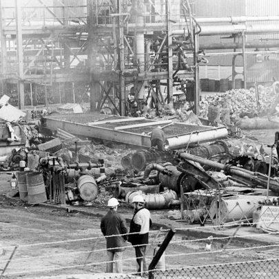 Demolition work being done in 1982 | Echo Newspaper Archive