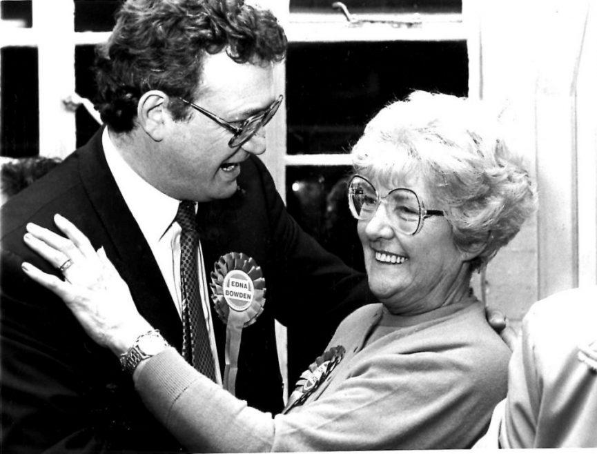 Winner Edna Bowden | Echo Newspaper Archive