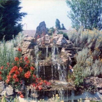 b). The waterfall in days gone by. | N.Bevan