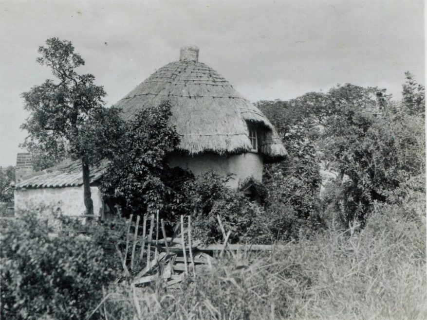 Photo of the Dutch Cottage Museum taken in 1930 | H Reed