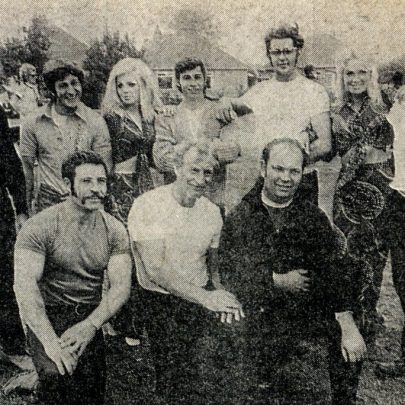 Canvey Weight Lifting tug-of-war team who pulled well against the police