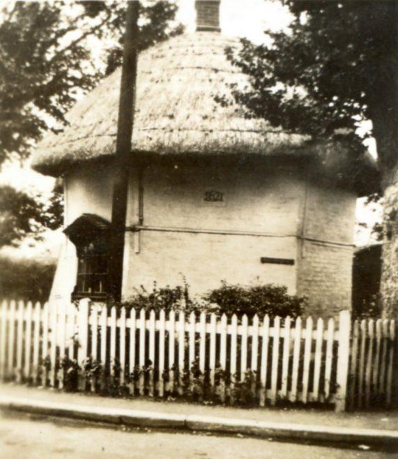 The 1621 Dutch cottage
