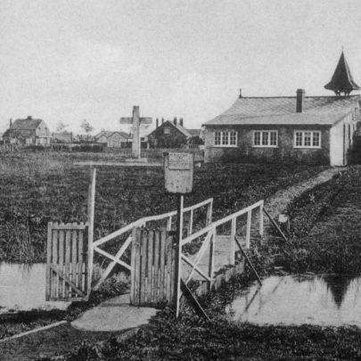 View of St Anne's Church showing the bridge