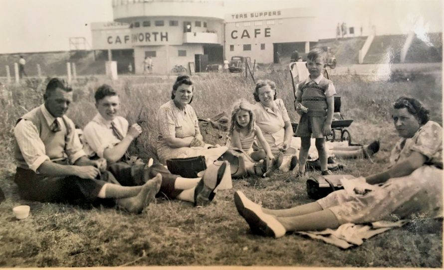 Day Trip to Canvey in 1949 | Jenny Skinner