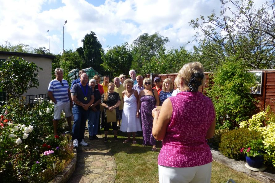 Town Council Chairman Cllr D Anderson hands out the certificates to the gardeners | Janet Penn