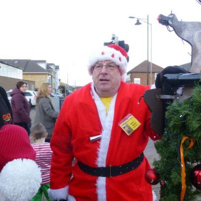 Barry from Friends of Concord Beach getting in the mood | Janet Penn
