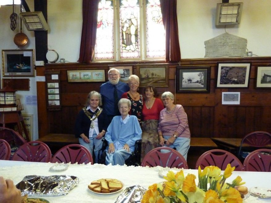The Heritage Centre Committee with Mayor Mrs Jackie Govier | Janet Penn