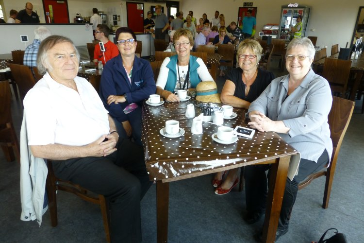 Robert Hallman, Lianne van den Beemt, Nellie Verton, Joan Liddiard and Janet Penn | With grateful thanks to the lady who took this photo for us.